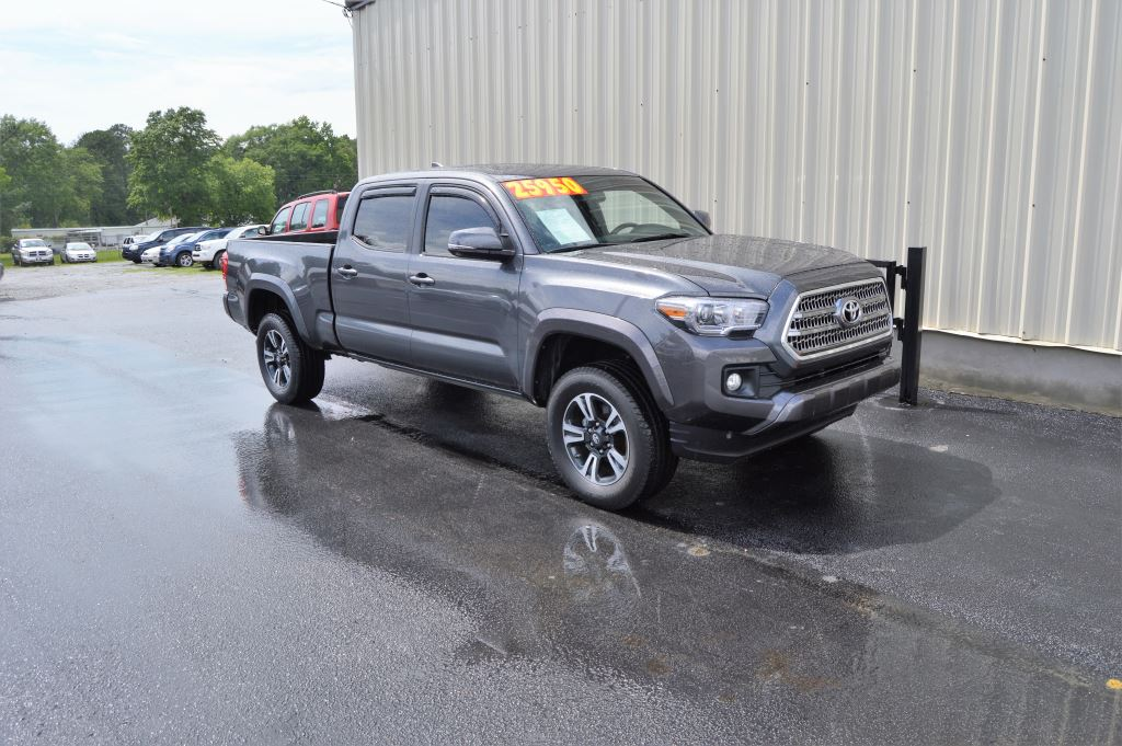 2016 Toyota Tacoma  2016 Toyota Tacoma SR5 Double Cab 35L V6 CLEAN TRUCK Power WindowsLocks