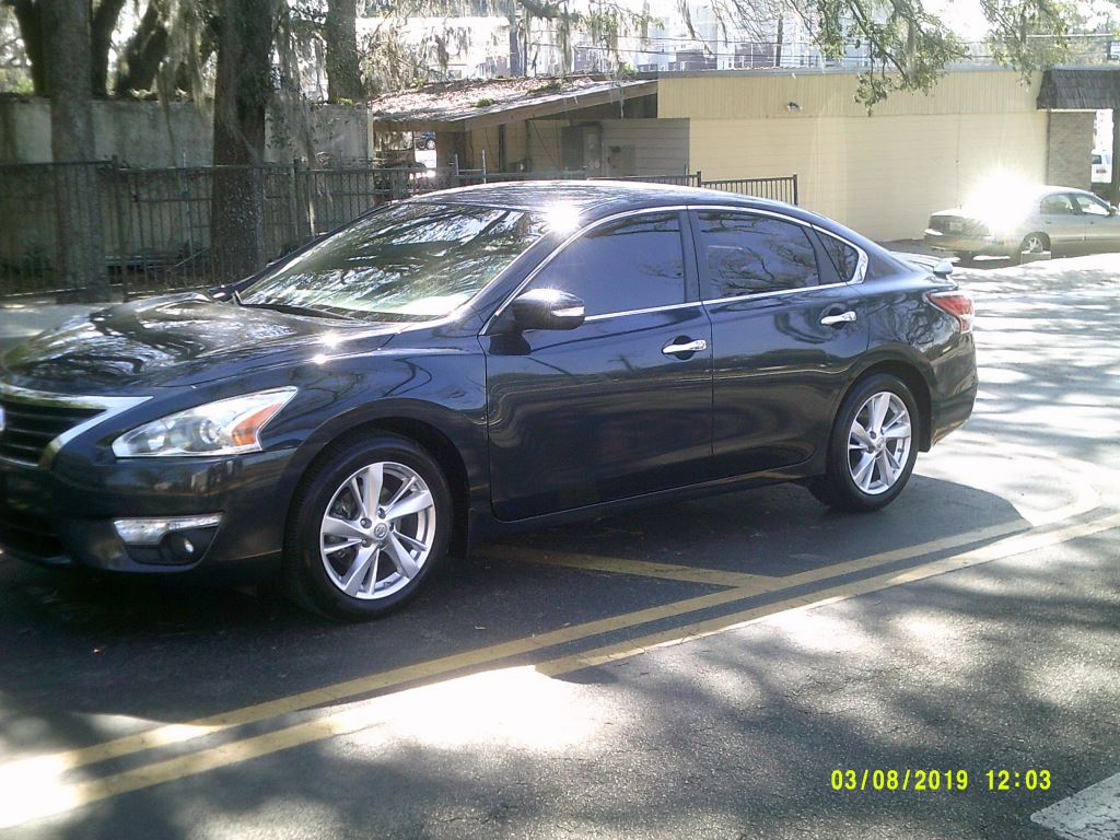 2013 Nissan Altima  Leather SL Package  All Power Back up camera Blue Stock 6682 VIN 1N4AL3A