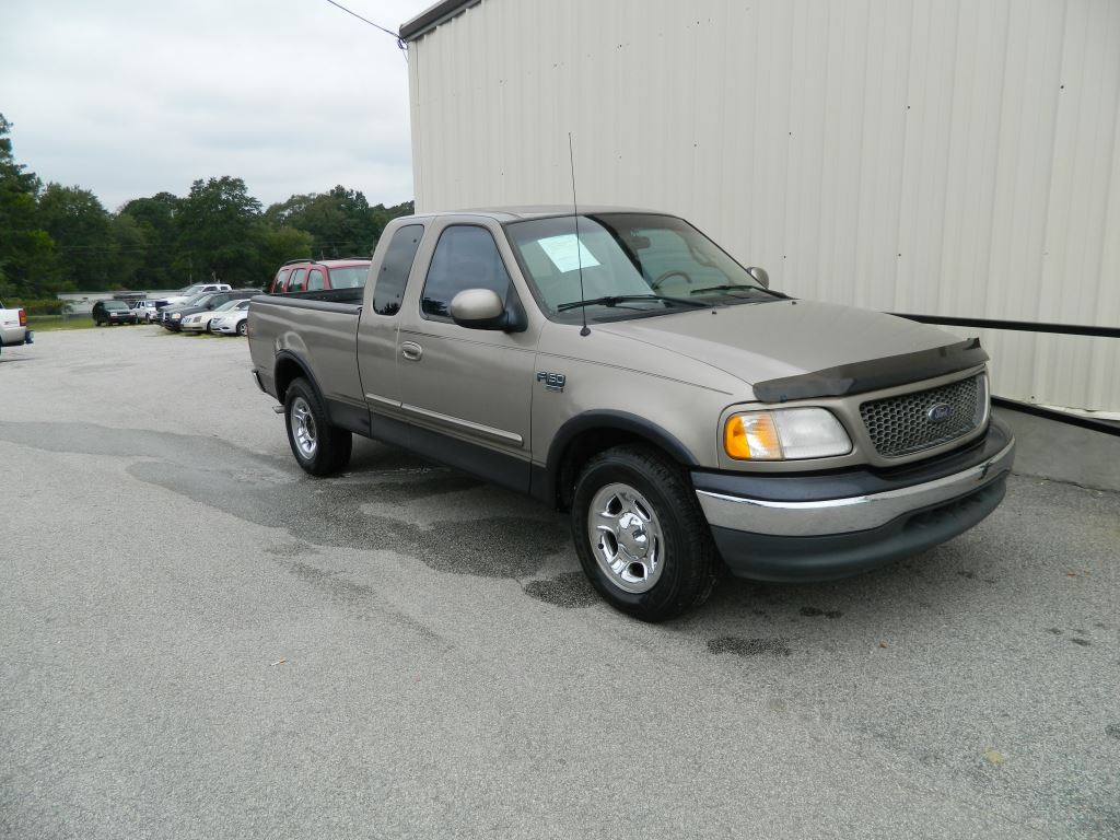 2001 Ford F150  2001 Ford F150 Lariat SuperCab AC Cruise Control Power Drivers Seat Power Loc
