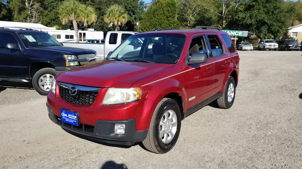2008 Mazda Tribute i Red CFC-Free AIR ConditioningManual AIR ConditioningCovered Armrests5 Ass