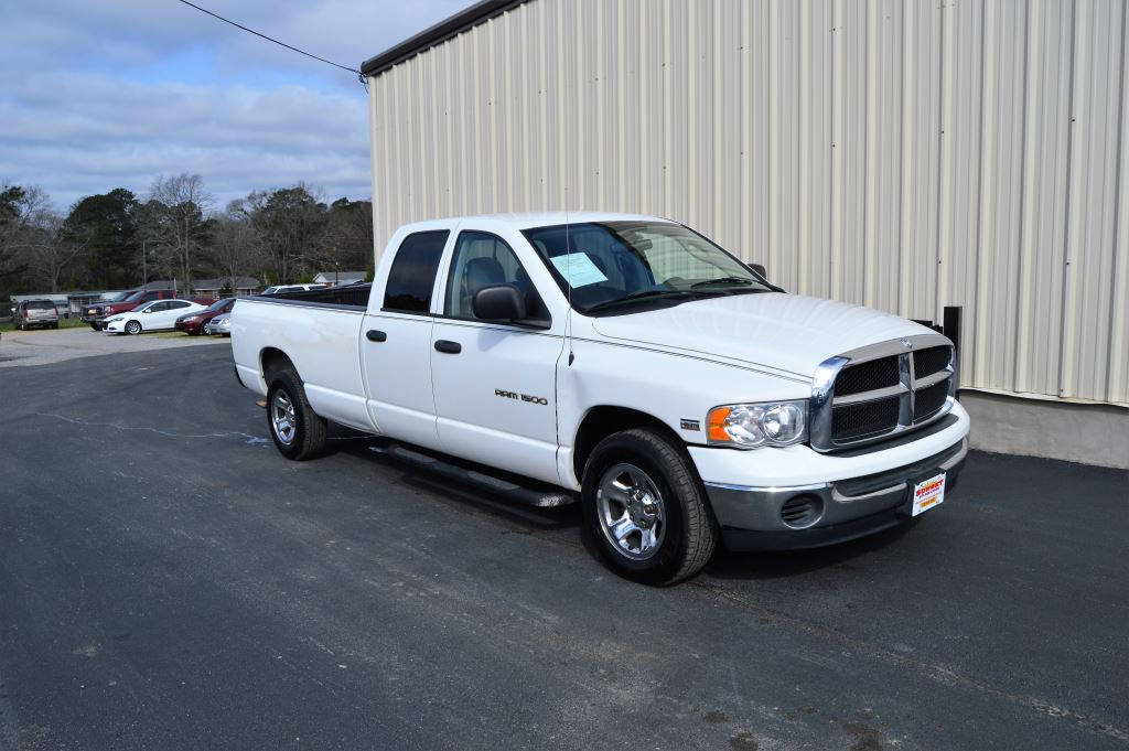2004 Dodge Ram 1500  2004 Dodge Ram 1500 SLT Quad Cab 57L V8 LOCAL TRADE GOOD MILES Power Win