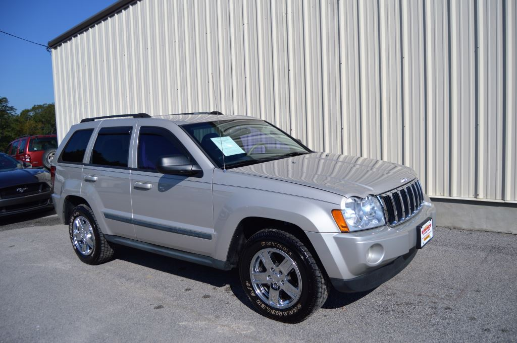 2007 Jeep Grand Cherokee Laredo   2007 Jeep Grand Cherokee Laredo LOCAL TRADE 6 Cylinder Power
