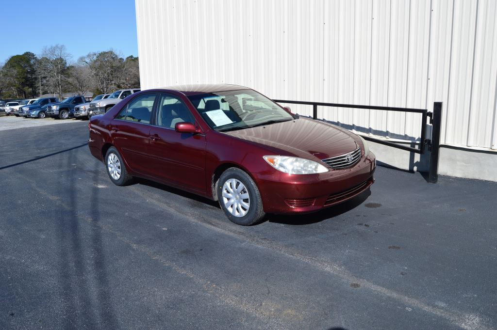 2005 Toyota Camry  2005 Toyota Camry LE 24L I-4 CLEAN CAR GOOD MILES Power WindowsLocksSeat