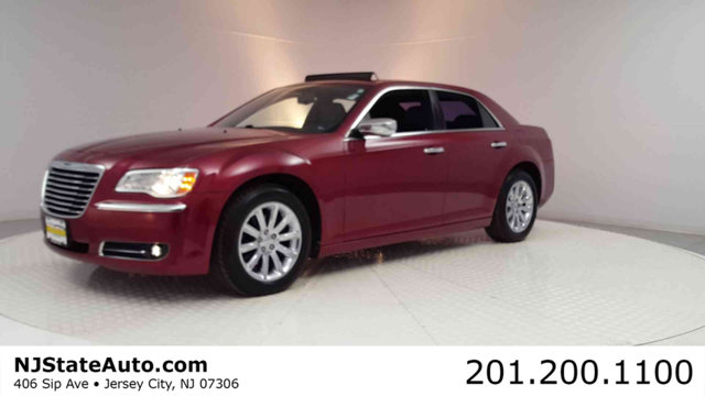 2011 CHRYSLER 300 4DR SEDAN LIMITED Clean CARFAX Deep Cherry Red Crystal 2011 Chrysler 300 Limite