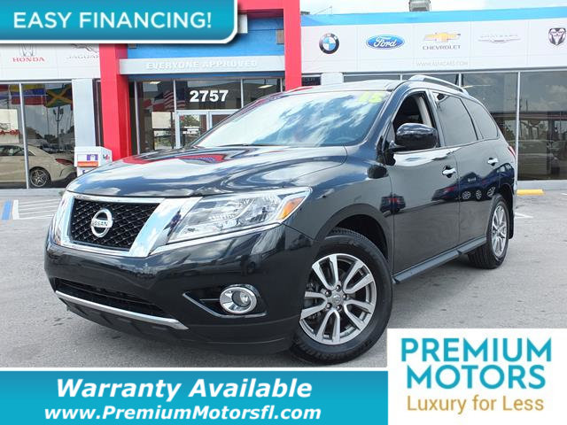 2015 NISSAN PATHFINDER  LOADED CERTIFIED WARRANTY Dont Pay Retail Get low monthly payments on