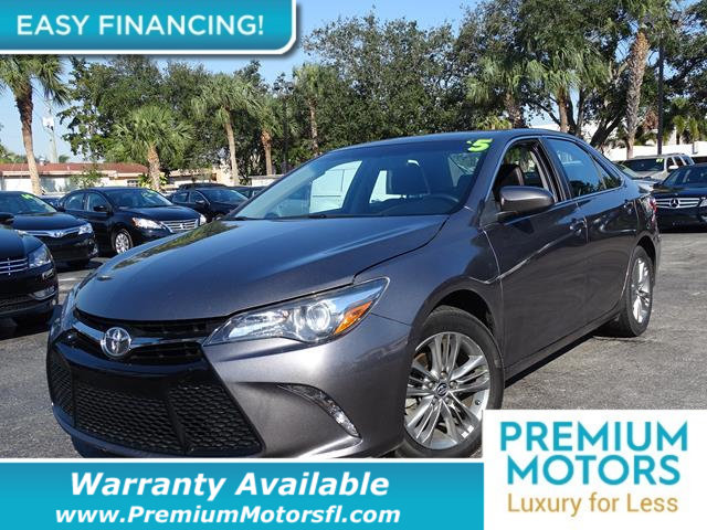 2015 TOYOTA CAMRY  LOADED CERTIFIED WARRANTY Dont Pay Retail Get low monthly payments on this