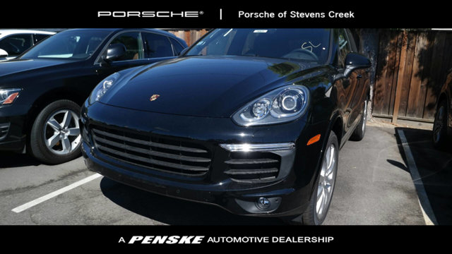 2017 PORSCHE CAYENNE PLATINUM EDITION AWD Black with Leather Seat Trim GPS Nav AWD How tempting