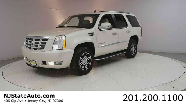 2007 CADILLAC ESCALADE AWD 4DR White Diamond Clearcoat 2007 Cadillac Escalade AWD 6-Speed Automati