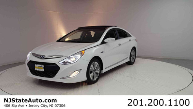 2015 HYUNDAI SONATA HYBRID 4DR SEDAN LIMITED CARFAX One-Owner Diamond White Pearl 2015 Hyundai Son