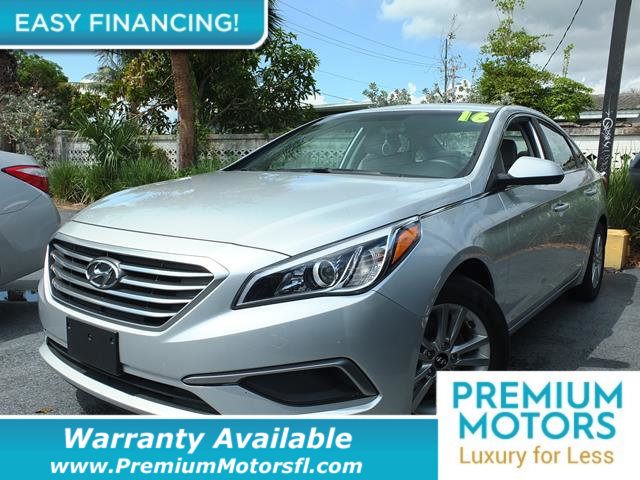 2016 HYUNDAI SONATA  LOADED CERTIFIED WARRANTY Dont Pay Retail Get low monthly payments on th