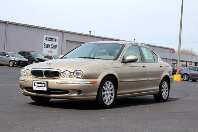 2003 JAGUAR X-TYPE 4DR SEDAN 25L AUTOMATIC KEY FEATURES AND OPTIONS Comes equipped with Air Cond