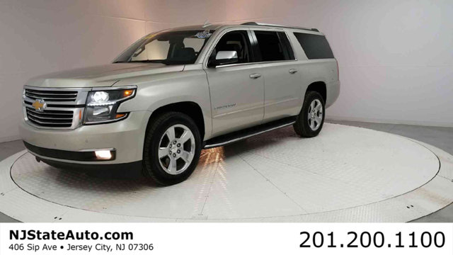 2017 CHEVROLET SUBURBAN 4WD 4DR 1500 PREMIER Clean CARFAX Champagne Silver Metallic 2017 Chevrolet