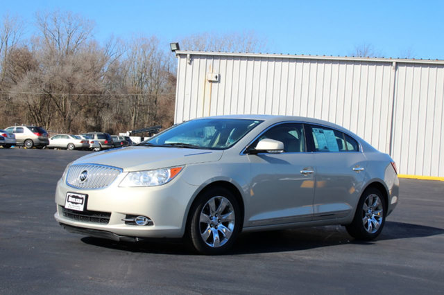 2010 BUICK LACROSSE 4DR SEDAN CXL 30L FWD KEY FEATURES AND OPTIONS Comes equipped with Air Condi