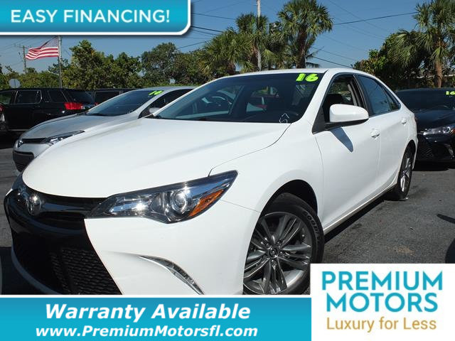 2016 TOYOTA CAMRY  LOADED CERTIFIED FACTORY WARRANTY Fully serviced just sign and drive Dont