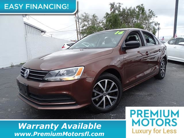 2016 VOLKSWAGEN JETTA SEDAN  LOADED CERTIFIED FACTORY WARRANTY Fully serviced just sign and dr