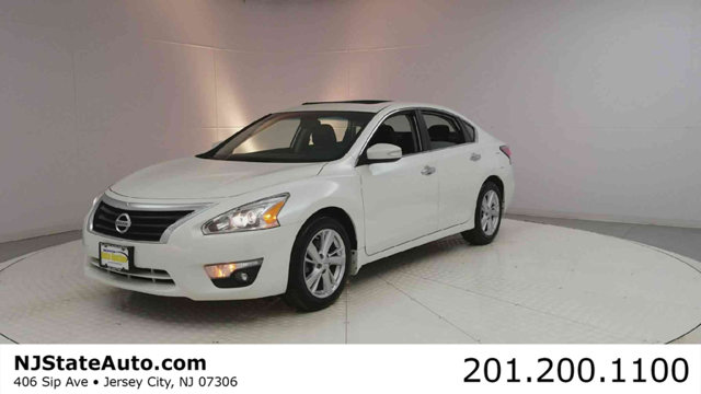 2014 NISSAN ALTIMA 4DR SEDAN I4 25 SL This 2014 Nissan Altima 4dr 4dr Sedan I4 25 SL features a