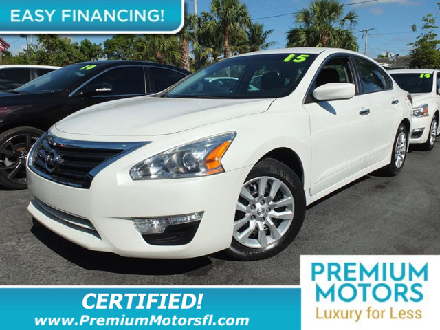 2015 NISSAN ALTIMA  LOADED CERTIFIED FACTORY WARRANTY Fully serviced just sign and drive Don