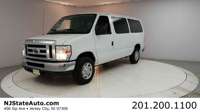 2010 FORD ECONOLINE WAGON E-350 SUPER DUTY XLT Oxford White 2010 Ford E-350SD RWD 4-Speed Automati