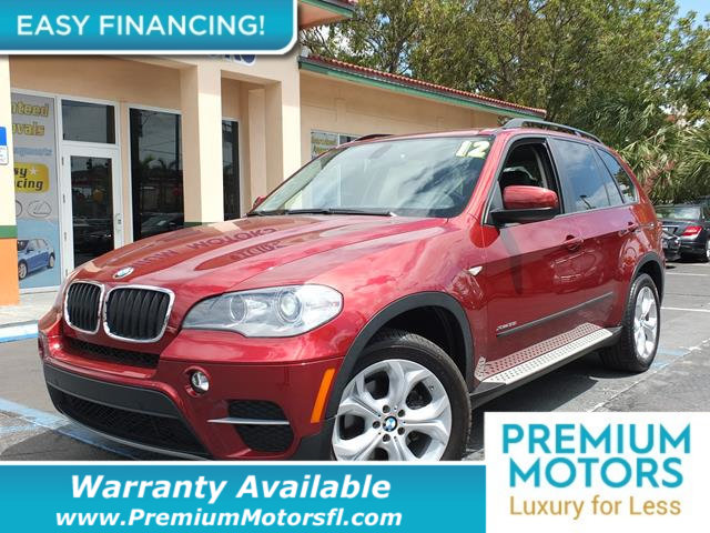 2012 BMW X5 AWD XDRIVE 35I LOADED CERTIFIED WE SAVE YOU THOUSANDS Fully serviced just sign and