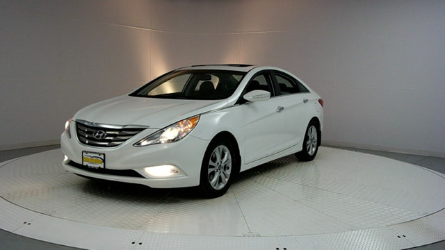 2013 HYUNDAI SONATA 4DR SEDAN 24L AUTOMATIC LIMITED CARFAX One-Owner Shimmering White 2013 Hyund