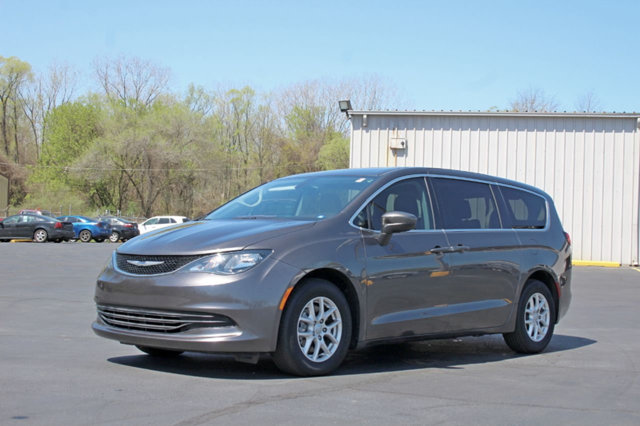 2017 CHRYSLER PACIFICA TOURING 4DR WAGON WARRANTY INCLUDED A Factory Warranty is included with th