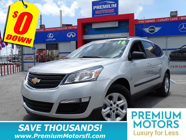 2016 CHEVROLET TRAVERSE FWD 4DR LS W1LS KEY FEATURES AND OPTIONS Comes equipped with Rear Air Co
