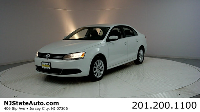 2014 VOLKSWAGEN JETTA SEDAN 4DR AUTOMATIC SE CARFAX CERTIFIED 1-OWNER WITH SERVICE RECORDS Jet