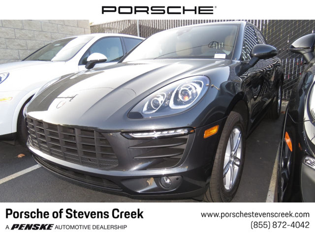 2018 PORSCHE MACAN AWD LOADED WITH VALUE Comes equipped with 14-Way Power Seats Automatically D