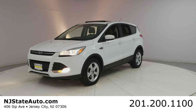 2015 FORD ESCAPE 4WD 4DR SE CARFAX One-Owner Clean CARFAX Oxford White 2015 Ford Escape SE AWD 6-