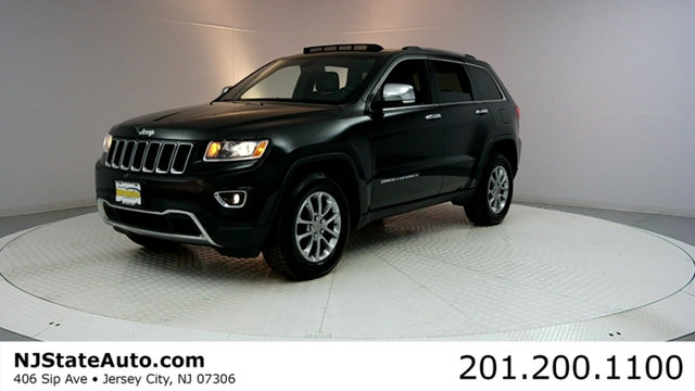 2015 JEEP GRAND CHEROKEE 4WD 4DR LIMITED CARFAX One-Owner Clean CARFAX Brilliant Black Crystal Pe