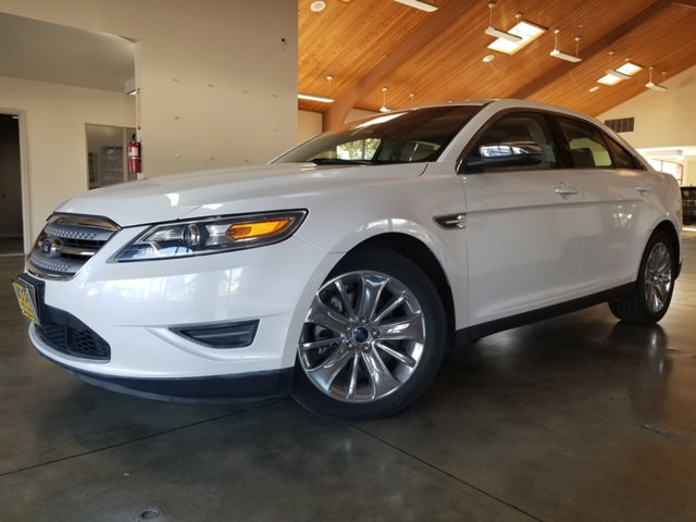 2011 FORD TAURUS ONE-OWNERDEALER MAINTAINED BUY AND DRIVE WORRY FREE Own this CARFAX 1-Owne