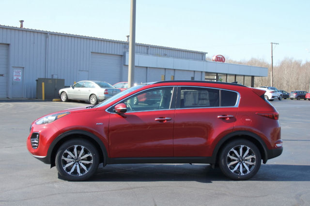 2018 KIA SPORTAGE EX AWD LOADED WITH VALUE Comes equipped with Air Conditioning Front Heated Se