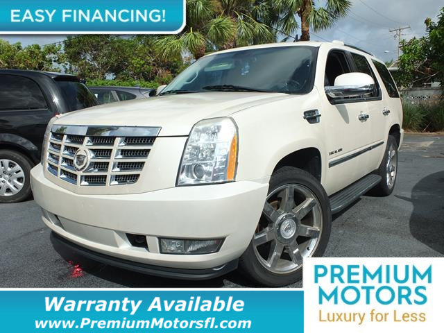 2009 CADILLAC ESCALADE 2WD 4DR LOADED CERTIFIED WARRANTY Dont Pay Retail Get low monthly paym