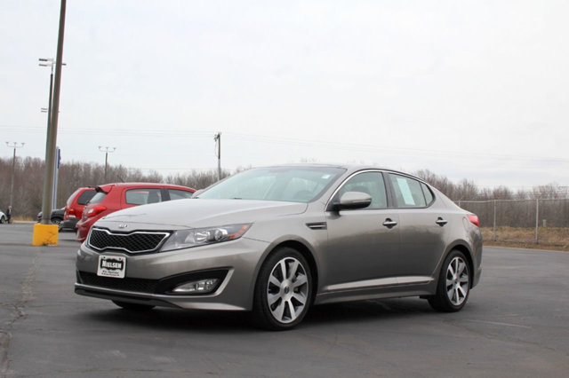 2013 KIA OPTIMA 4DR SEDAN SX LOADED WITH VALUE Comes equipped with Air Conditioning Heated Seat