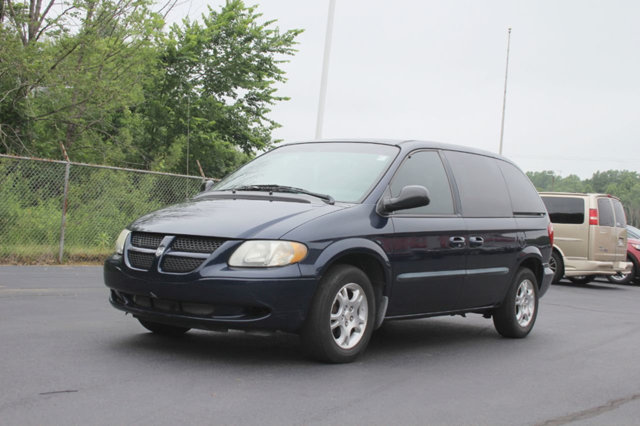 2004 DODGE CARAVAN 4DR SXT 113 WB LOADED WITH VALUE Comes equipped with Air Conditioning This