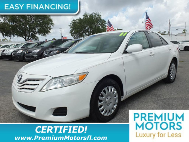 2011 TOYOTA CAMRY  LOADED CERTIFIED WE SAVE YOU THOUSANDS Fully serviced just sign and drive