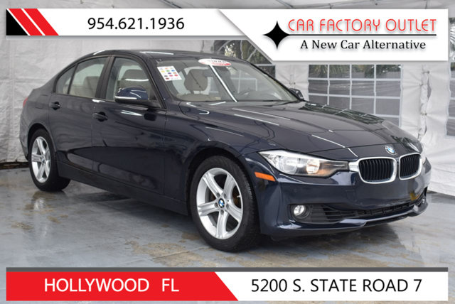 2015 BMW 3 SERIES 328I This 2015 BMW 3 Series 4dr 328i features a 20L 4 CYLINDER 4cyl Gasoline en