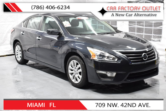 2015 NISSAN ALTIMA 4DR SEDAN I4 25 S This 2015 Nissan Altima 4dr 4dr Sedan I4 25 S features a 2