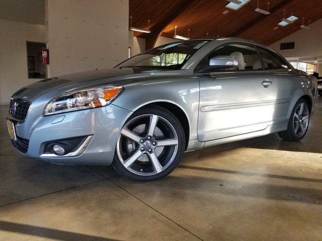 2013 VOLVO C70 T5 - Contact Sales Department at 855-816-7186 or salesmoorepreownednet for more i