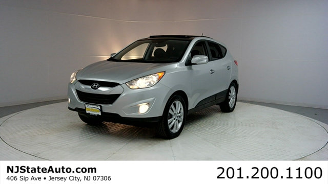 2011 HYUNDAI TUCSON AWD 4DR AUTOMATIC LIMITED LTD A CARFAX CERTIFIED 1-OWNER WITH SERVICE RECO