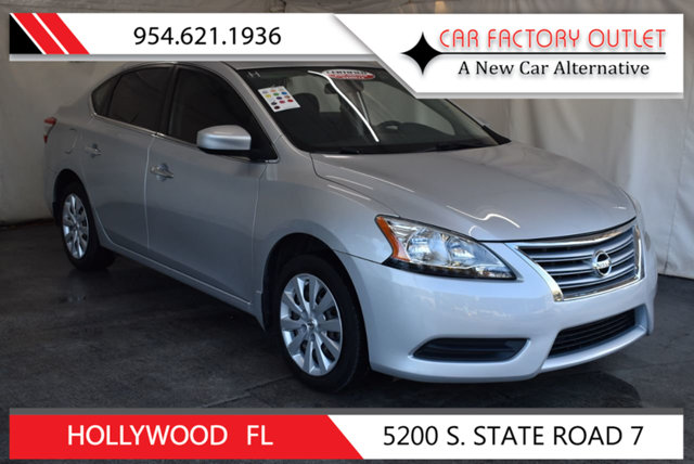 2015 NISSAN SENTRA S This 2015 Nissan Sentra 4dr S features a 18L 4 CYLINDER 4cyl Gasoline engine