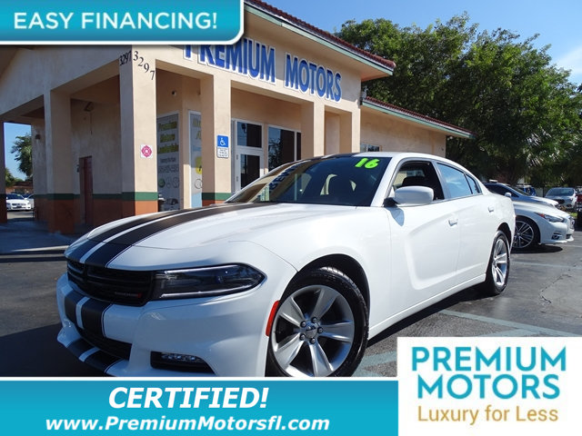 2016 DODGE CHARGER 4DR SEDAN SXT RWD KEY FEATURES AND OPTIONS Comes equipped with Air Conditionin