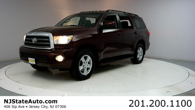 2008 TOYOTA SEQUOIA 4WD 4DR LV8 6-SPEED AUTOMATIC SR Clean CARFAX Cassis Pearl 2008 Toyota Sequoi