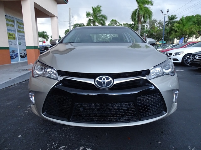 2017 TOYOTA CAMRY SE AUTOMATIC