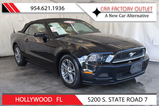 2014 FORD MUSTANG 2DR CONVERTIBLE V6 This 2014 Ford Mustang 2dr 2dr Convertibl