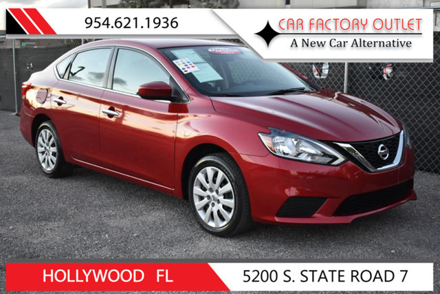 2017 NISSAN SENTRA S CVT This 2017 Nissan Sentra 4dr S CVT features a 18L 4 CYLINDER 4cyl Gasolin