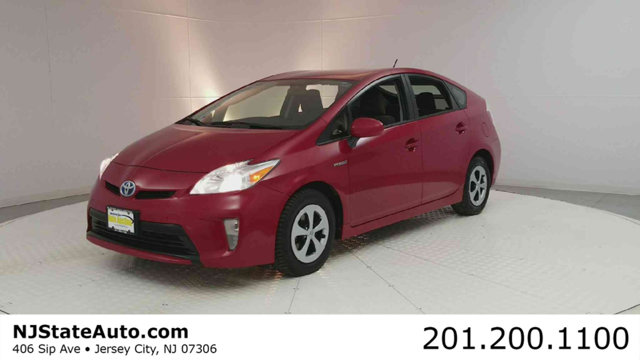2015 TOYOTA PRIUS 5DR HATCHBACK FIVE CARFAX One-Owner Clean CARFAX Barcelona Red Metallic 2015 T