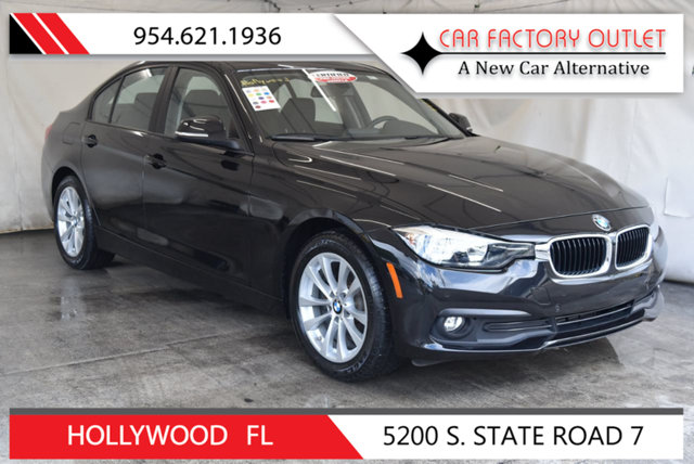2017 BMW 3 SERIES 320I This 2017 BMW 3 Series 4dr 320i features a 20L 4 CYLINDER 4cyl Gasoline en