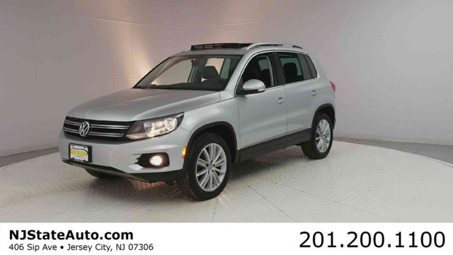2012 VOLKSWAGEN TIGUAN 4WD 4DR AUTOMATIC SEL WPREMIUM  CARFAX One-Owner Clean CARFAX Reflex Sil