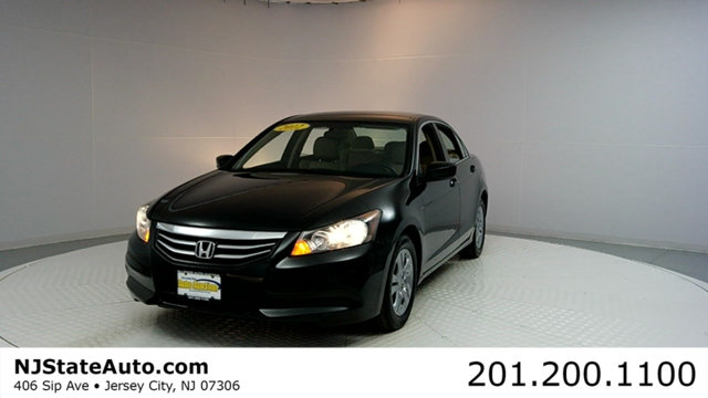 2012 HONDA ACCORD SEDAN 4DR I4 AUTOMATIC SE CARFAX CERTIFIED WITH SERVICE RECORDS Accord SE
